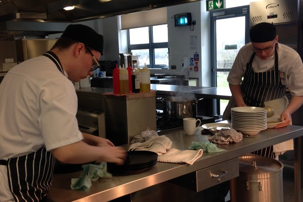 Mange tout chefs in action